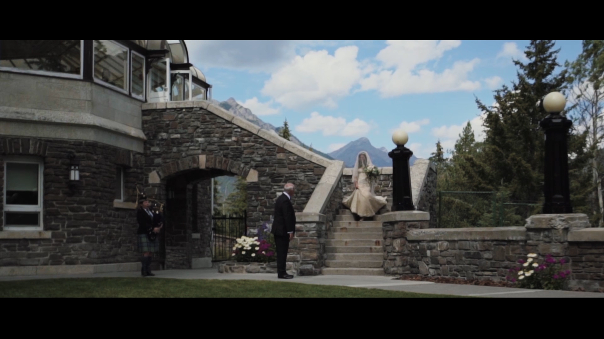 Ashley + Chris | Banff, Canada | Fairmont Banff Springs