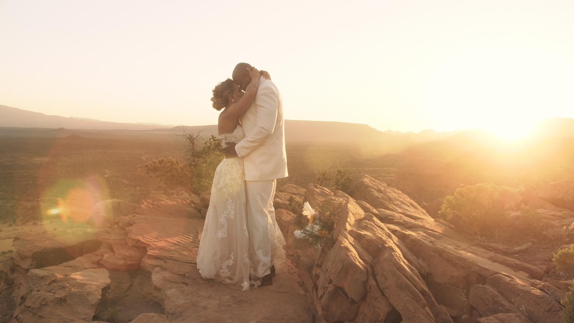 Stephany + Chris | Sedona, Arizona | Doe Mountain