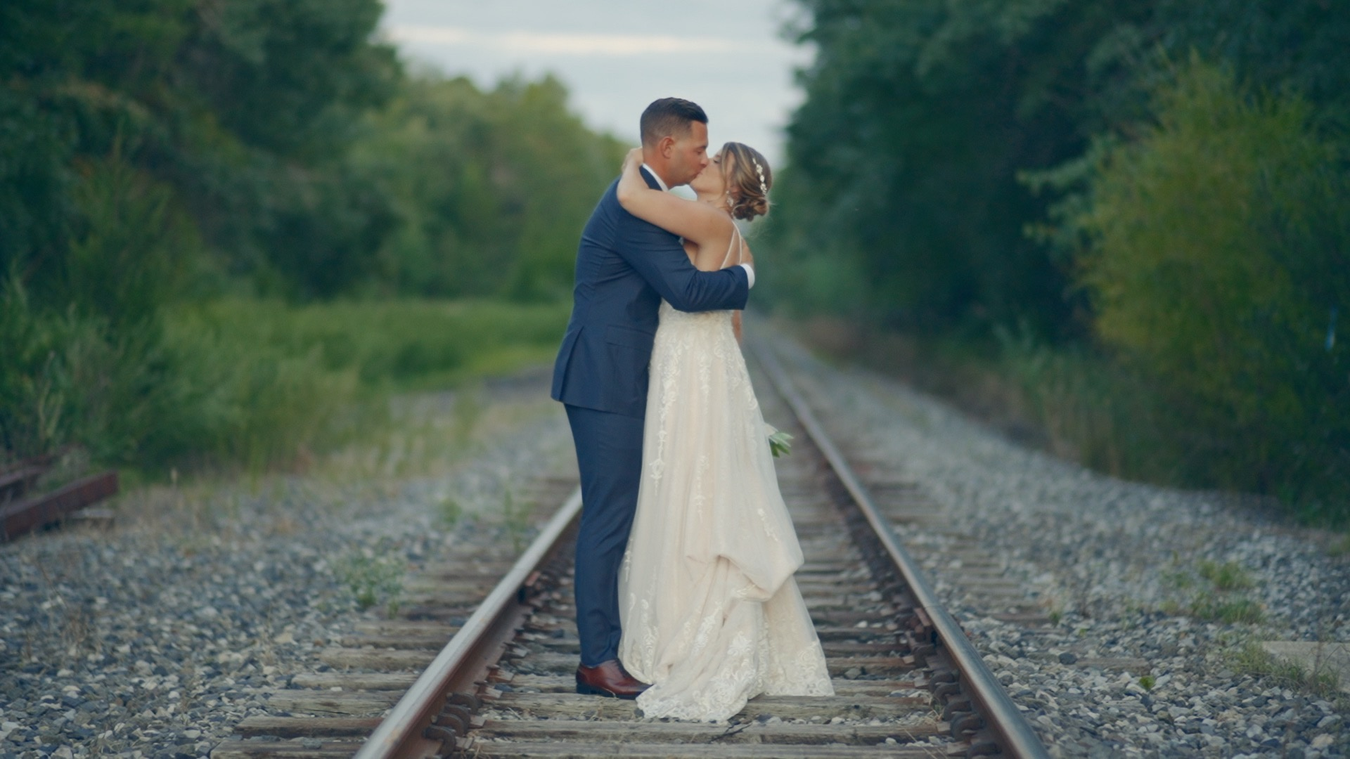 Taylor + Ron | Tuckahoe, New Jersey | Everly at Railroad