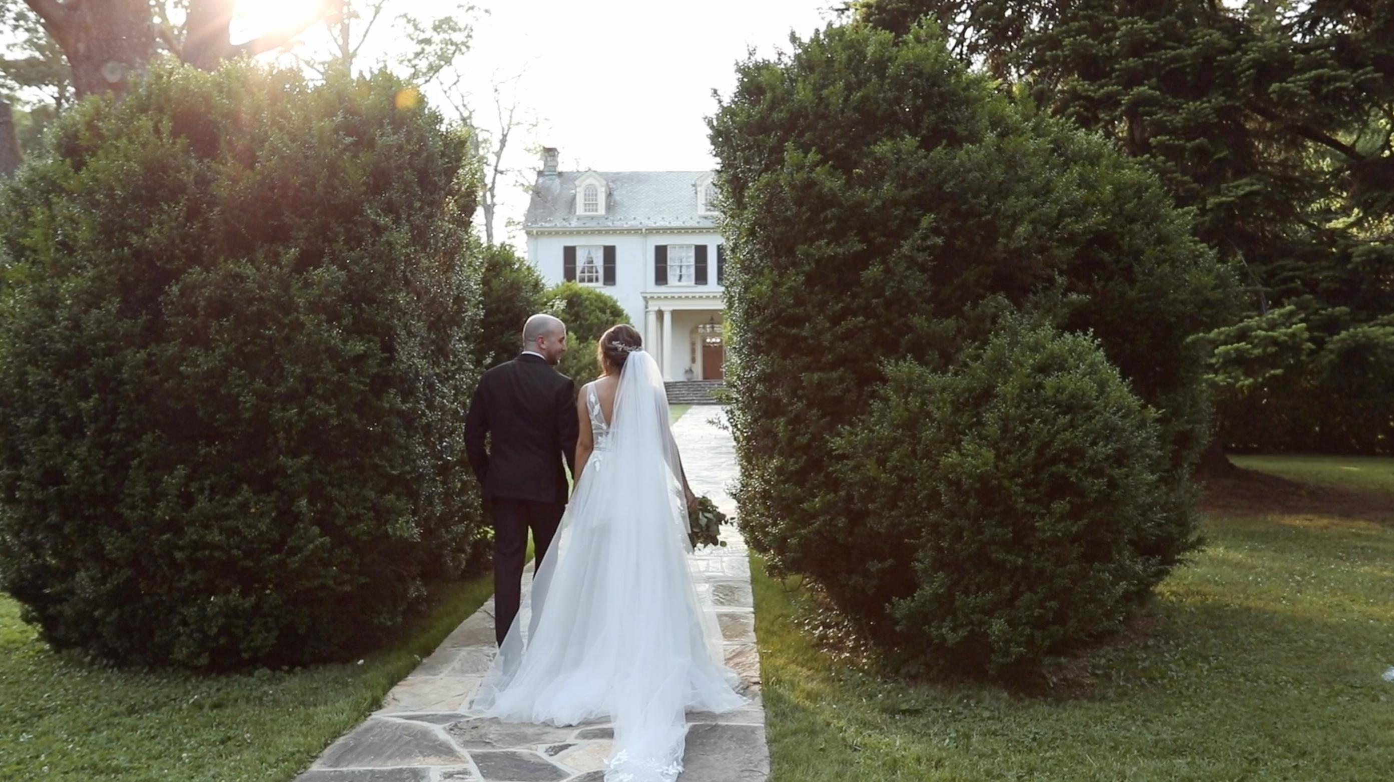 Chriska + Matt | Leesburg, Virginia | Rust House Manor