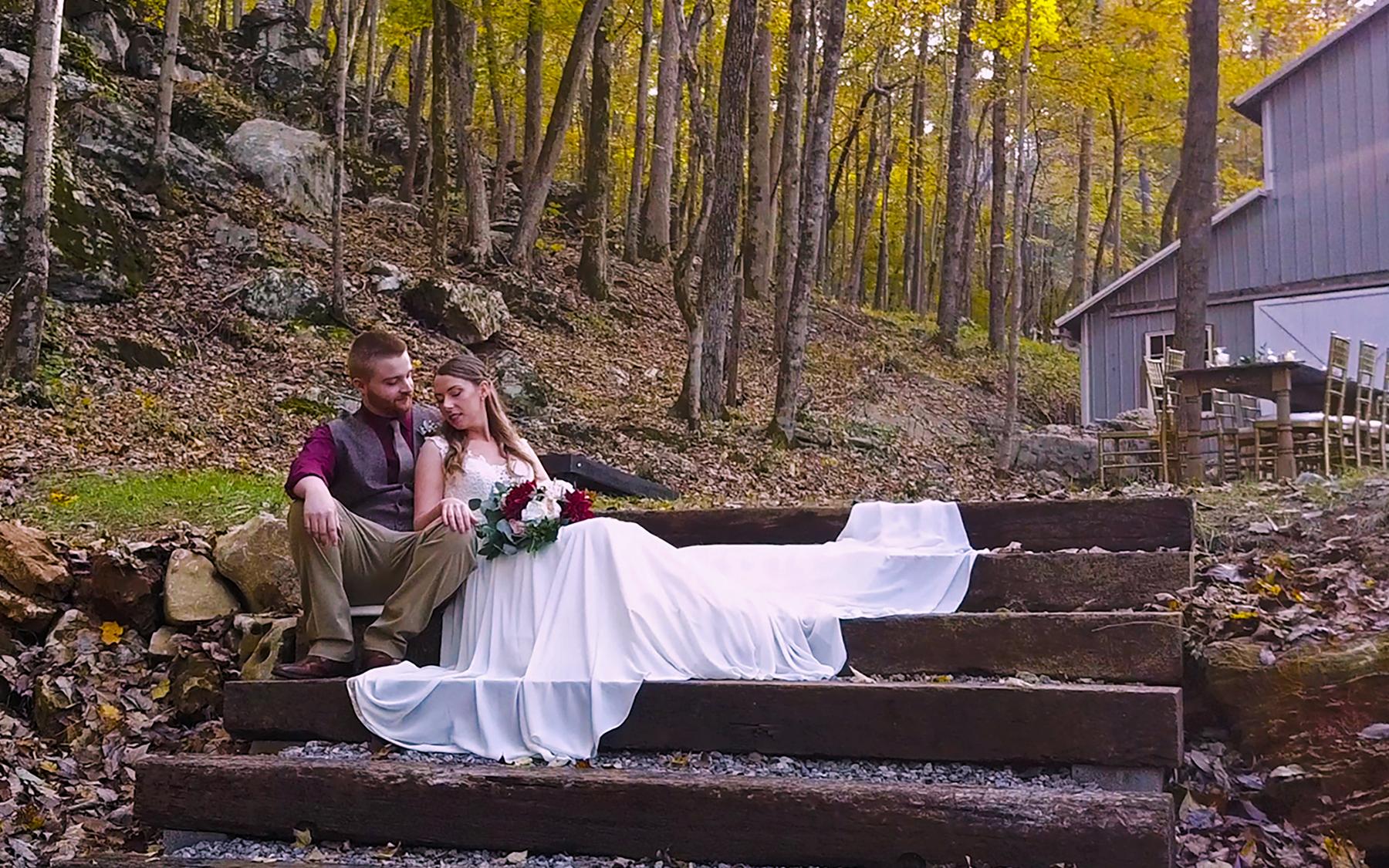 Amanda + Mitchell | Trenton, Georgia | Oakleaf Cottage