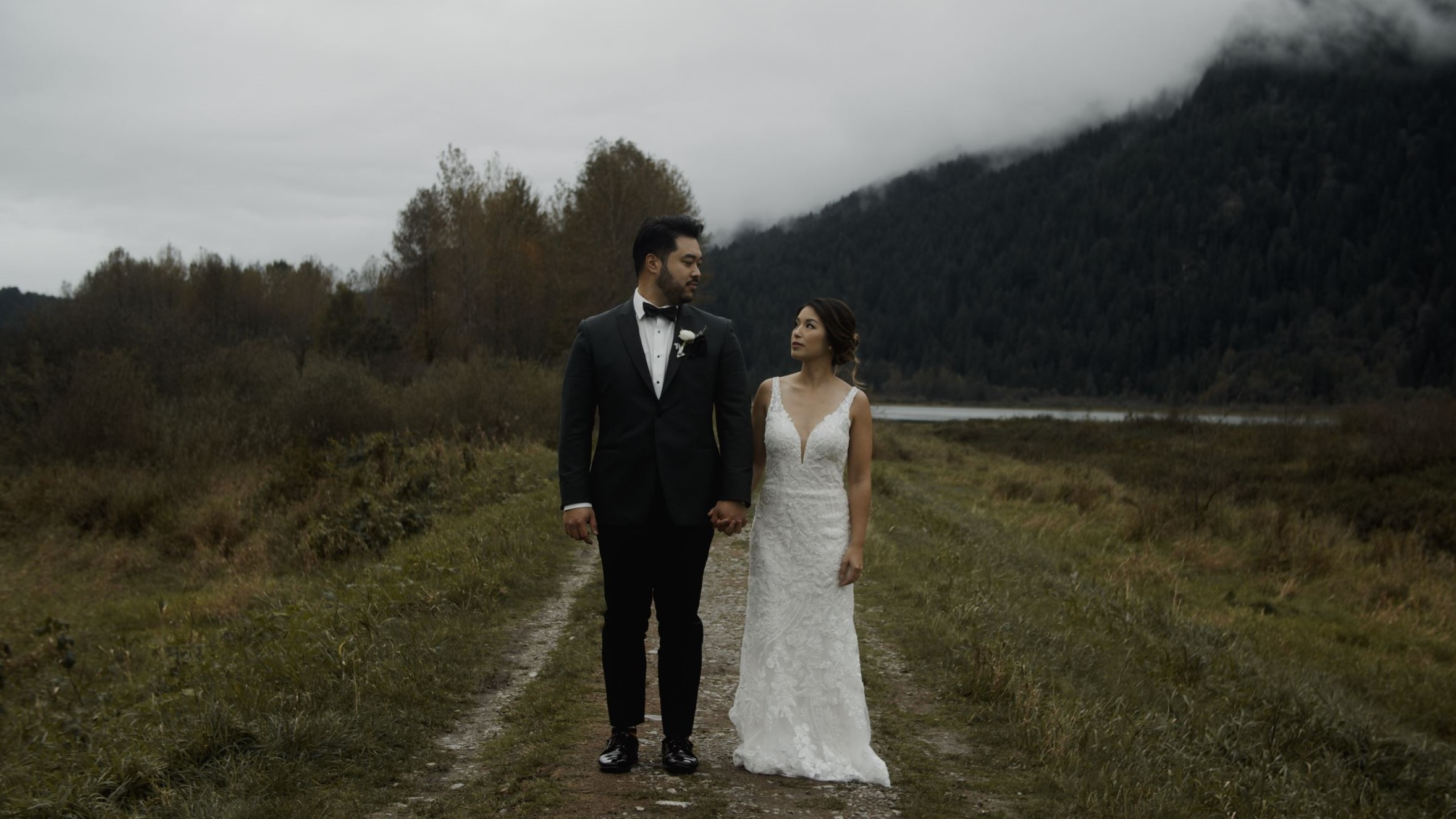 Julie + Brendon | Vancouver, Canada | Swaneset Bay Resort & Country Club