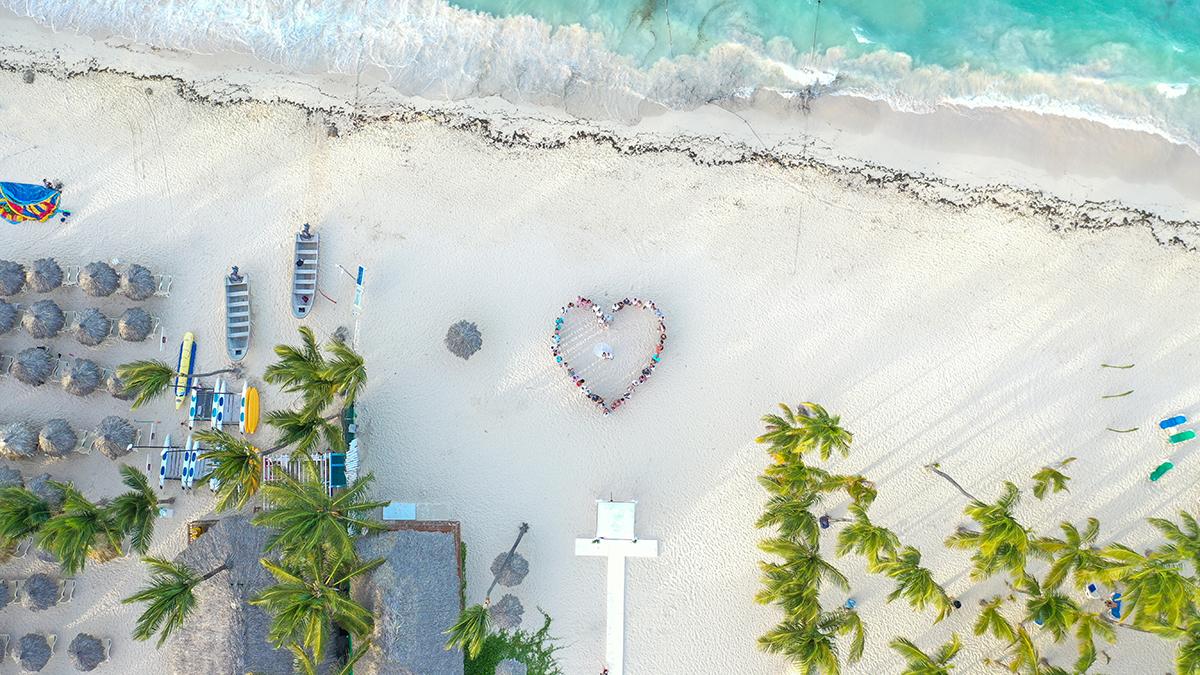 Angela + Marcio   Punta Cana, Dominican Republic   Kukua Beach Club