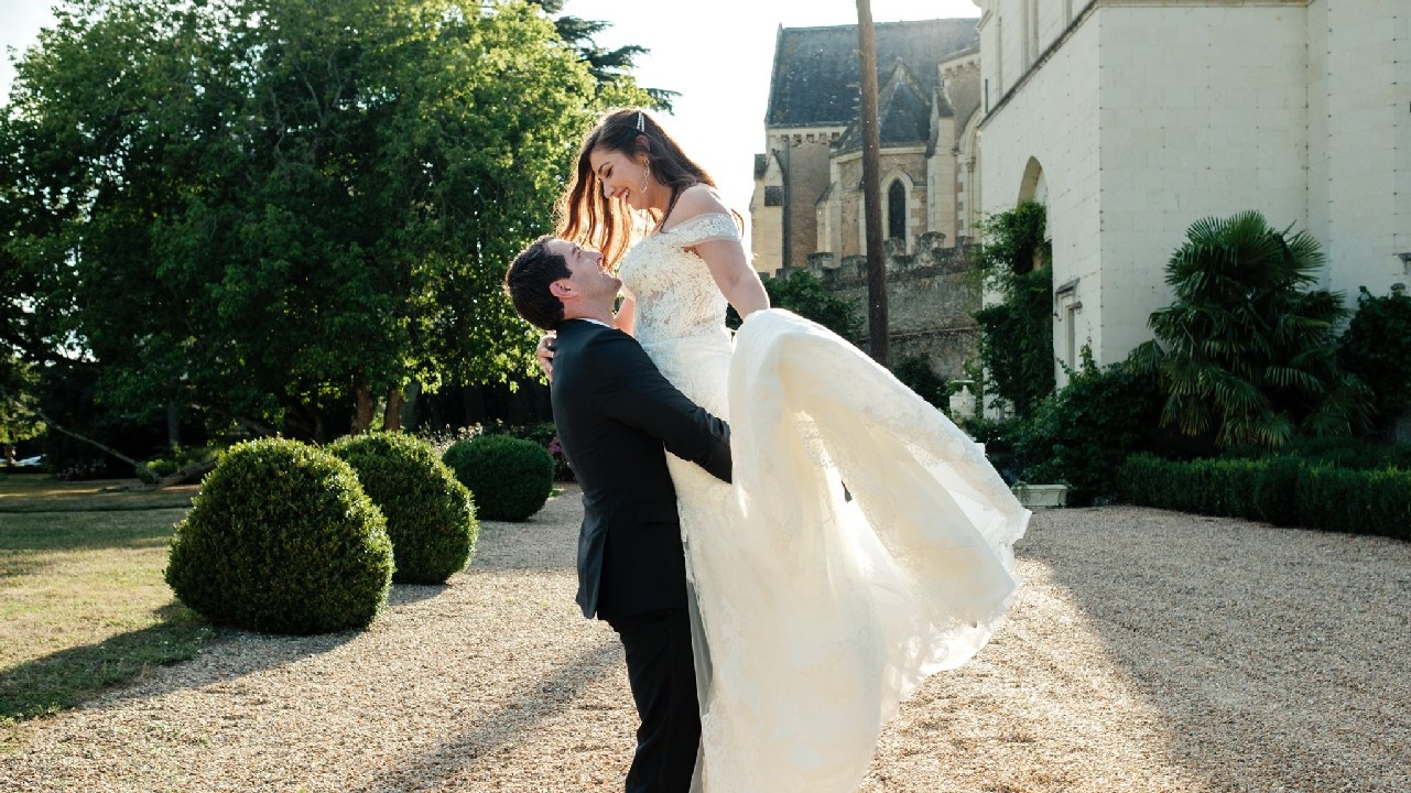 Tracey   + Chris | Paris, France | Chateau de Challain
