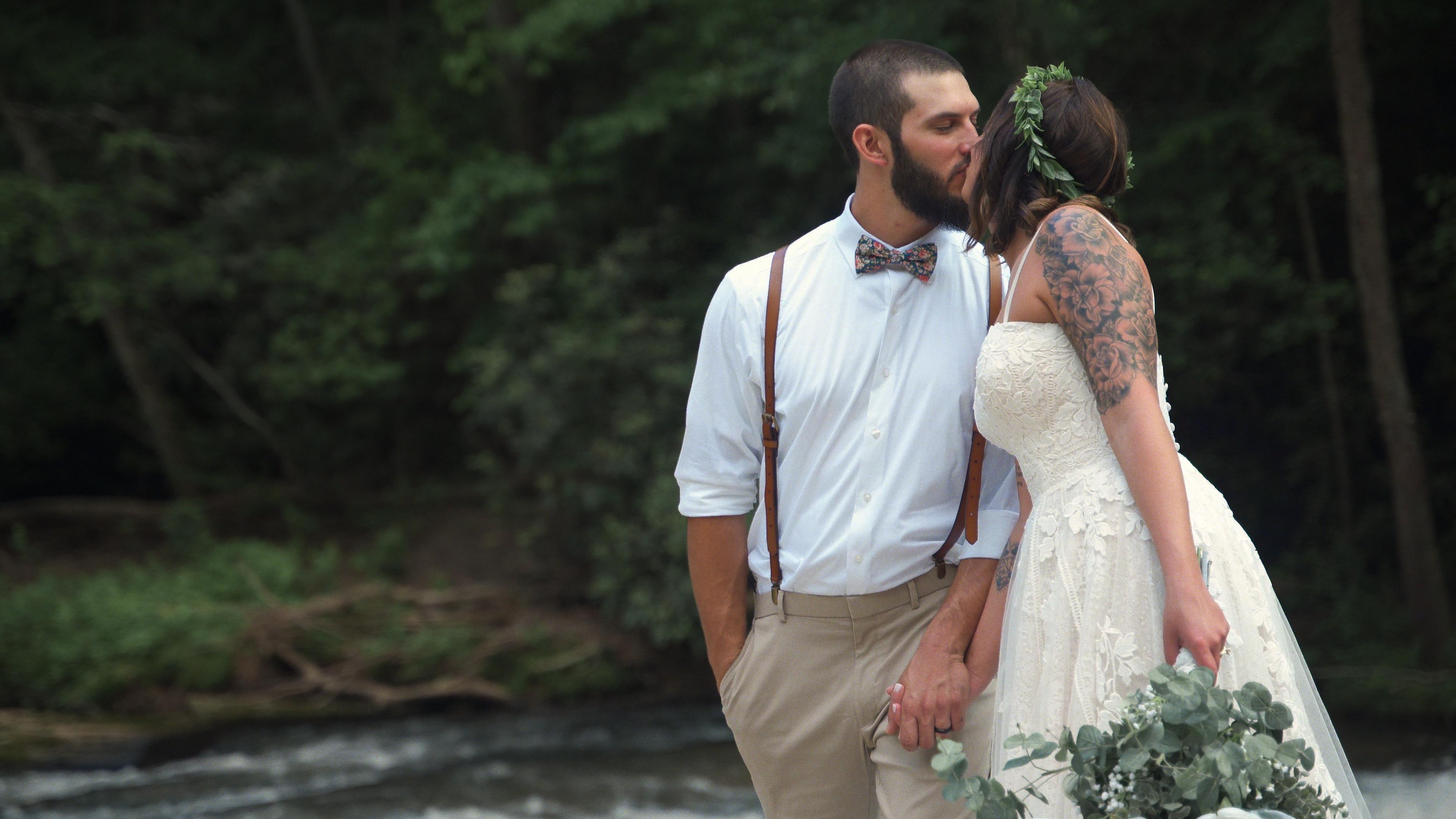 Taylor + Bryan | Elkin, North Carolina | Elkin Creek Vineyard