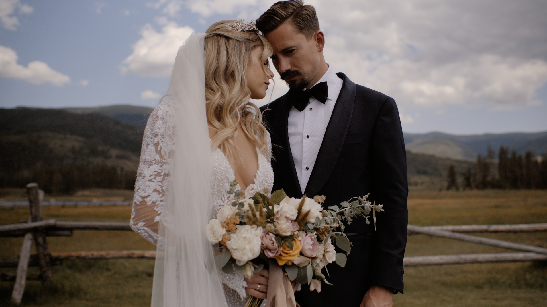 Jennifer + Zachary | Tabernash, Colorado, Colorado | Devil's Thumb Ranch