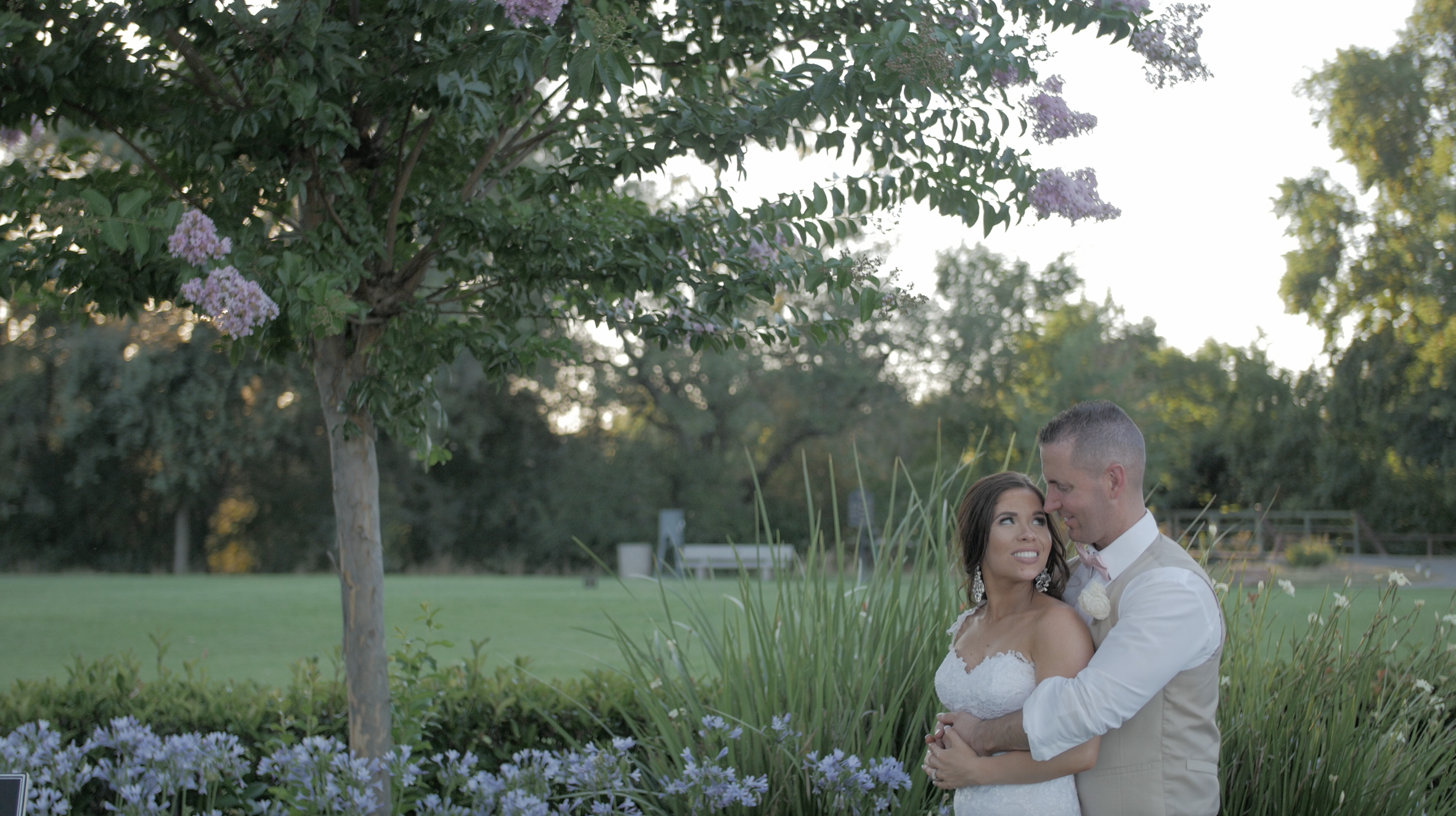 Matt + Chelsea | Sacramento, California | The Pavilion at Haggin Oaks