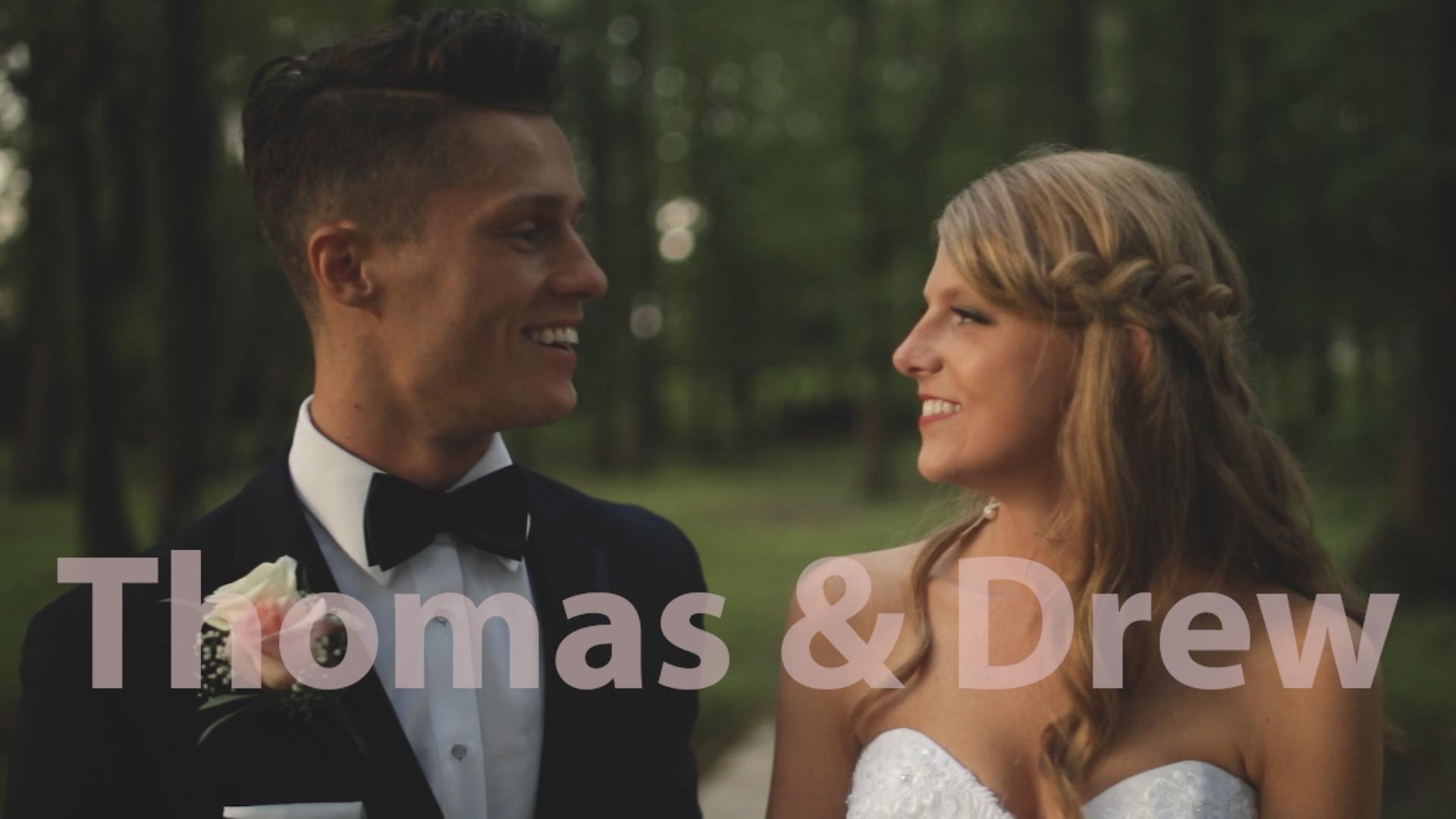 Thomas + Drew | Sonora, Kentucky | Thurman Landing