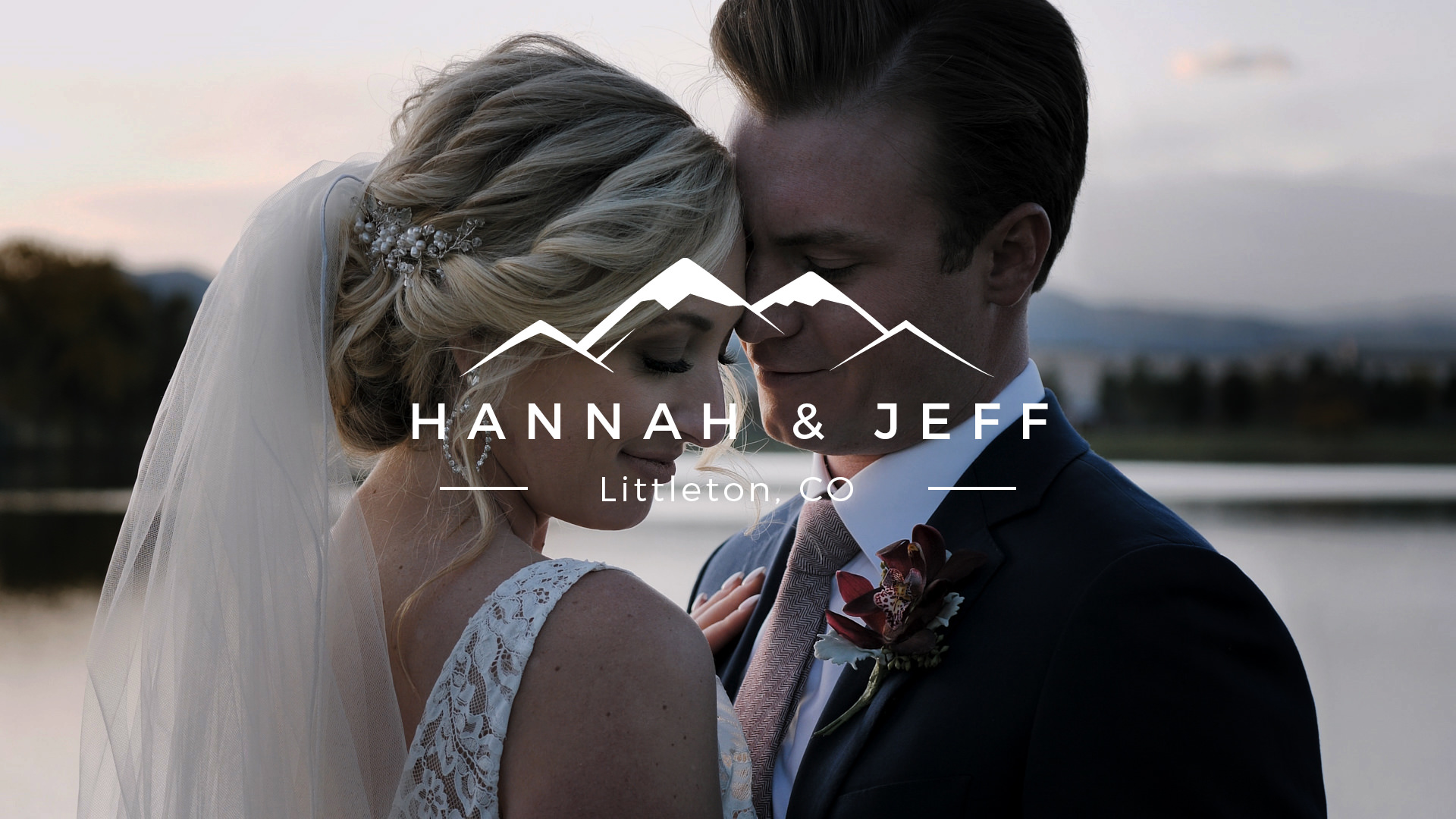 Hannah + Jeff | Littleton, Colorado | The Barn at Raccoon Creek