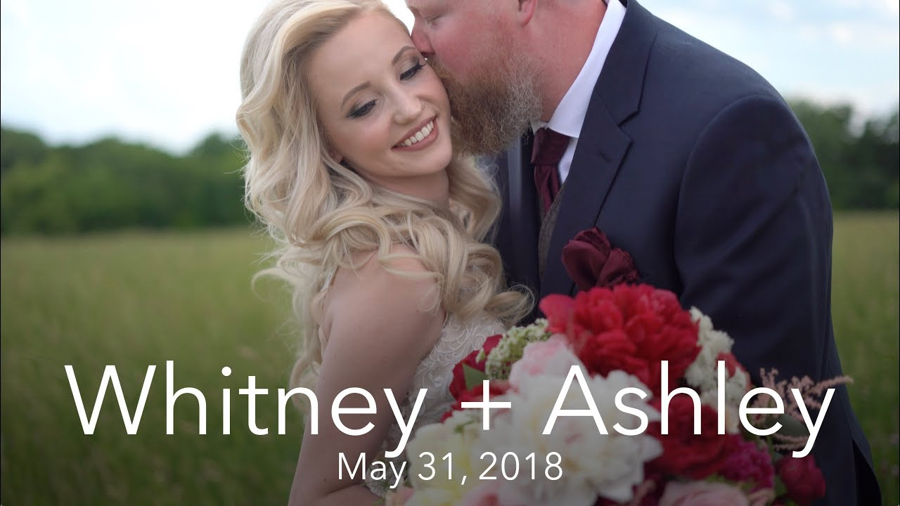 Whitney + Ashley | Centerville, Iowa | Bessie's Barn, Centerville