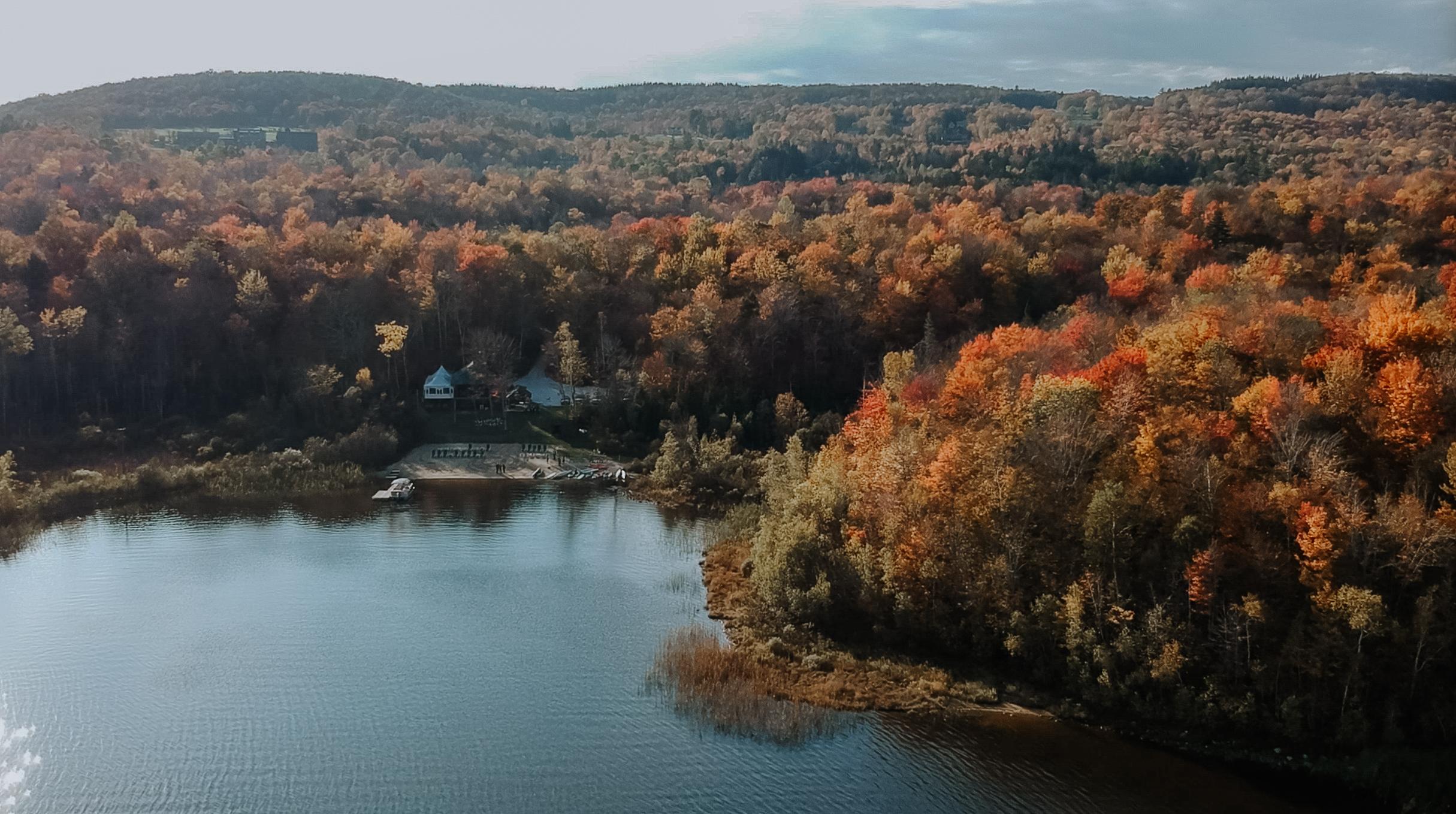 Ali + Jordan | Chittenden, Vermont | Mountain Top Inn, Chittenden