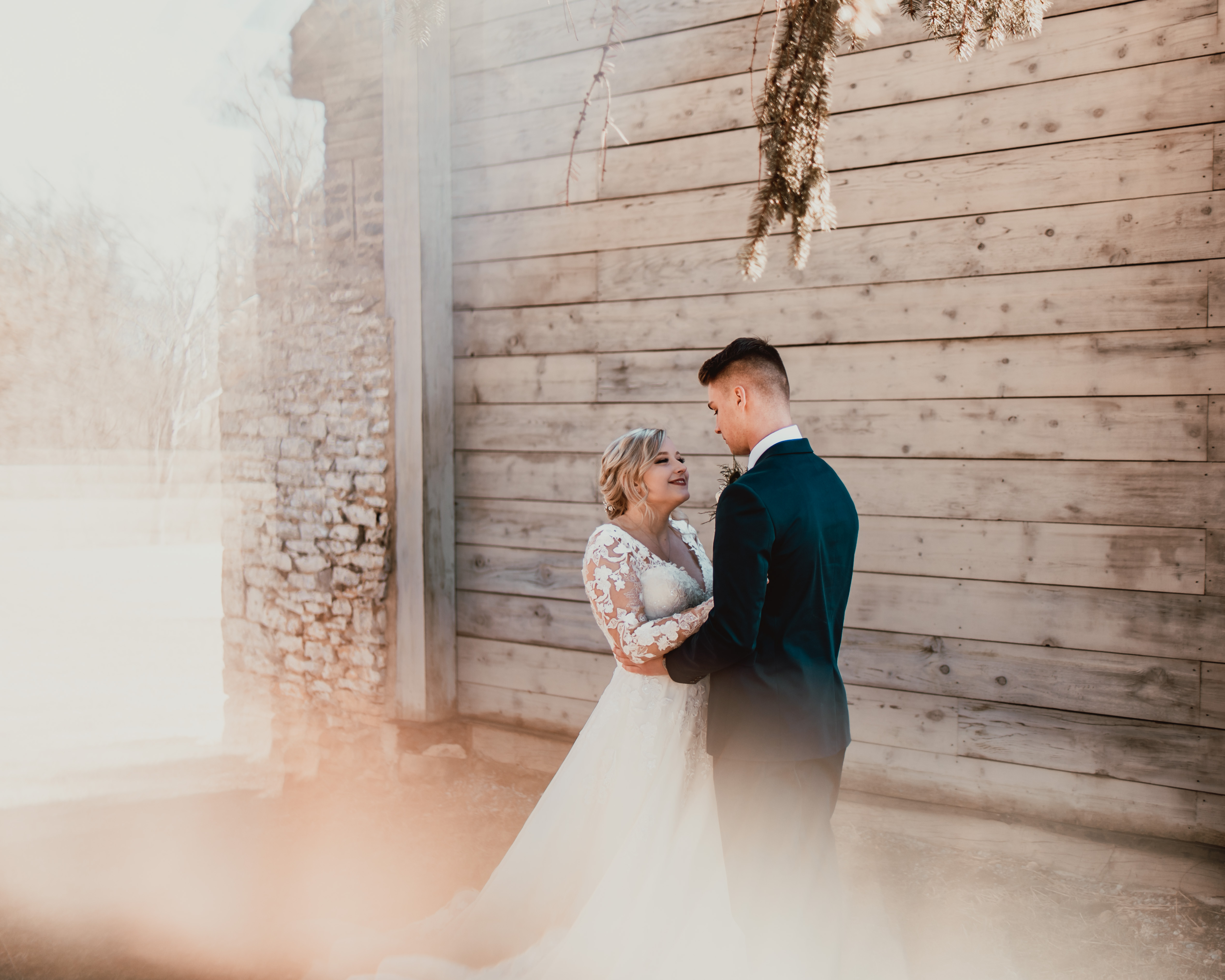 Elizabeth + Parker | Delaware, Ohio | The Barn at Stratford