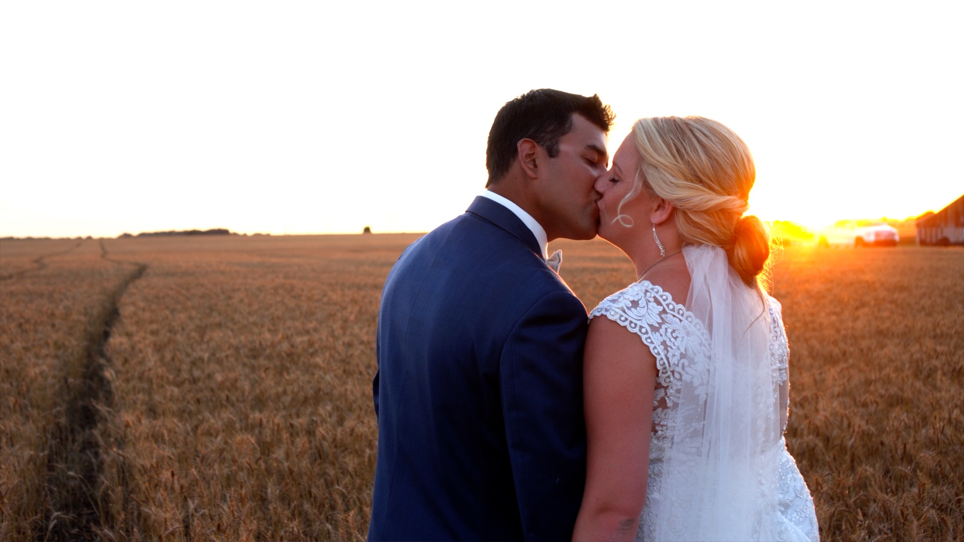 Enrique + Carly | Enid, Oklahoma | The Home Place Country Estate