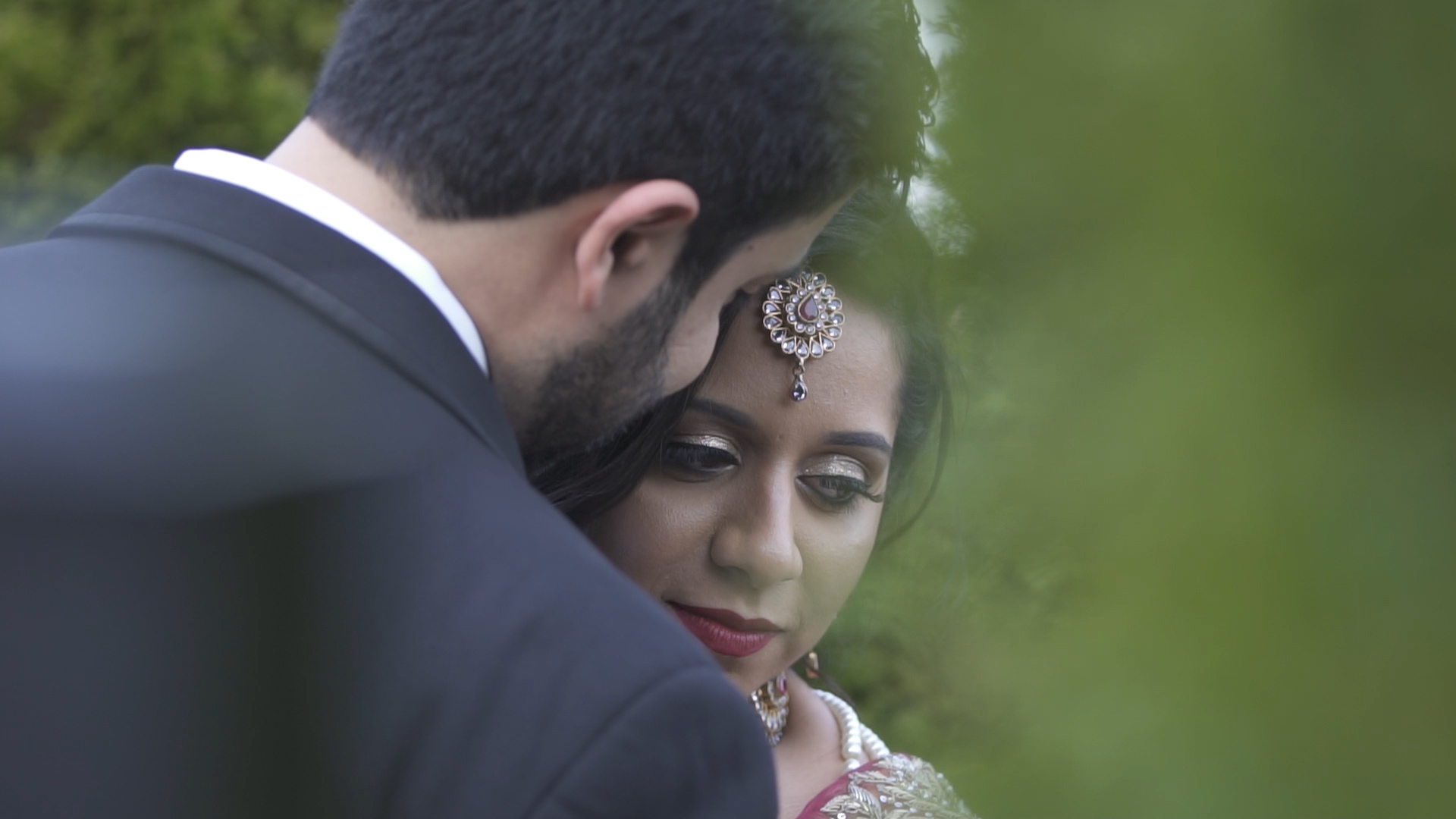 Sabena + Masood | Novi, Michigan | Novi Suburban Collection Showplace