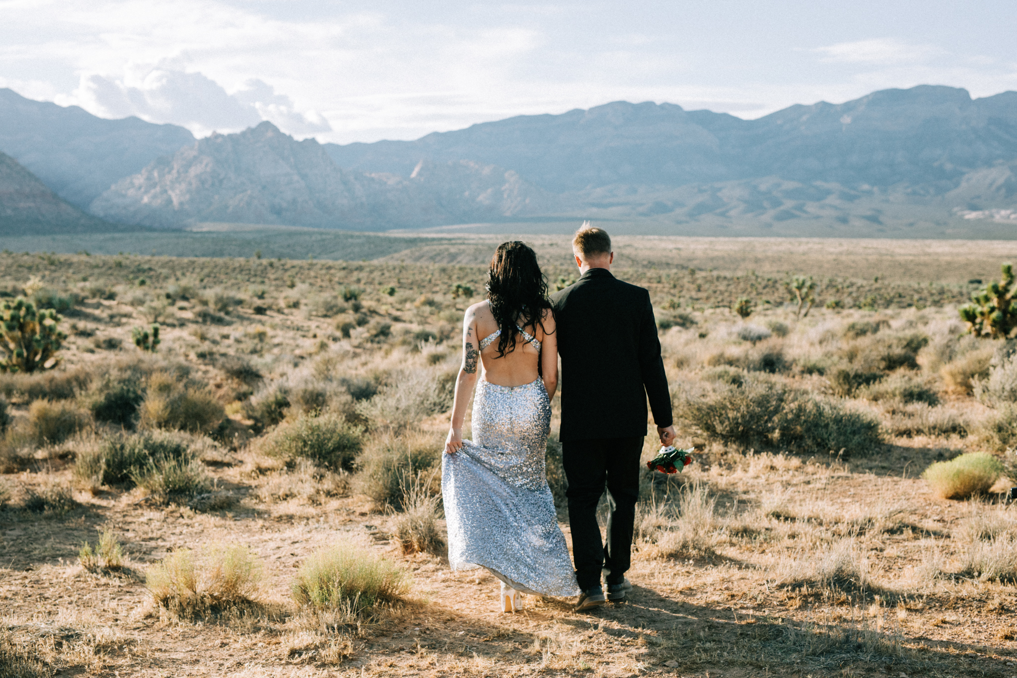 Brittany + Dustin | Las Vegas, Nevada | Little White Wedding Chapel