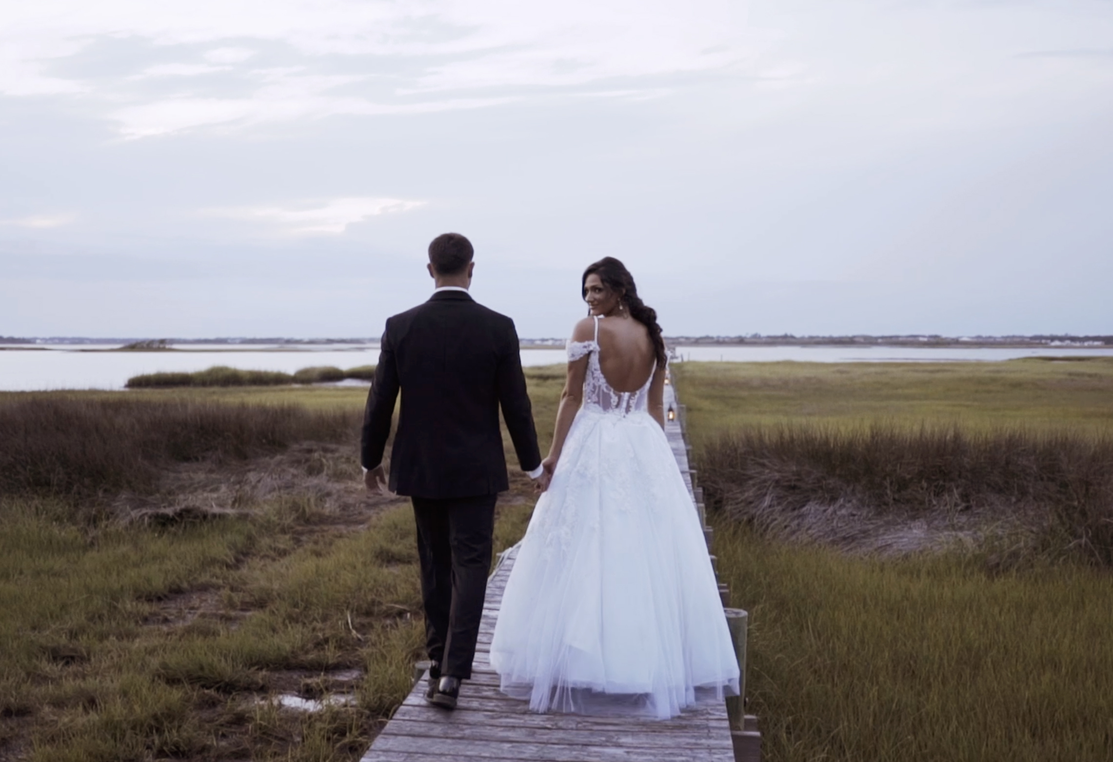 Alexis + Hunter | Emerald Isle, North Carolina | The Watson House