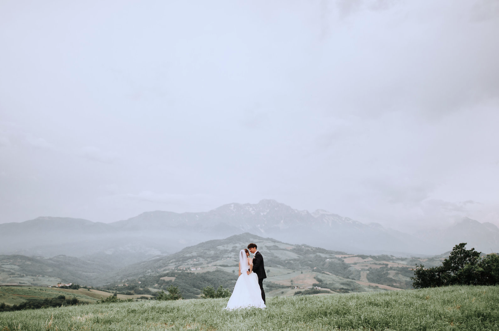 Sam + Emily | Abruzzo, Italy | Private Home