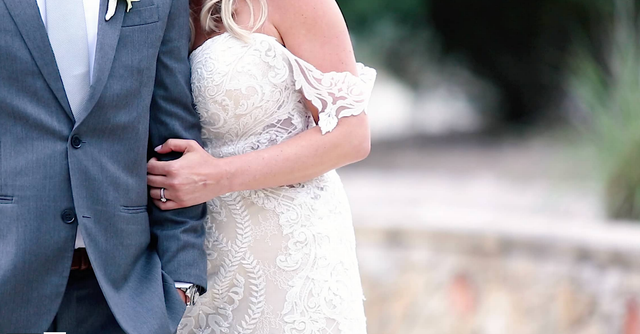 Lindsay + Hunter | Dripping Springs, Texas | Camp Lucy
