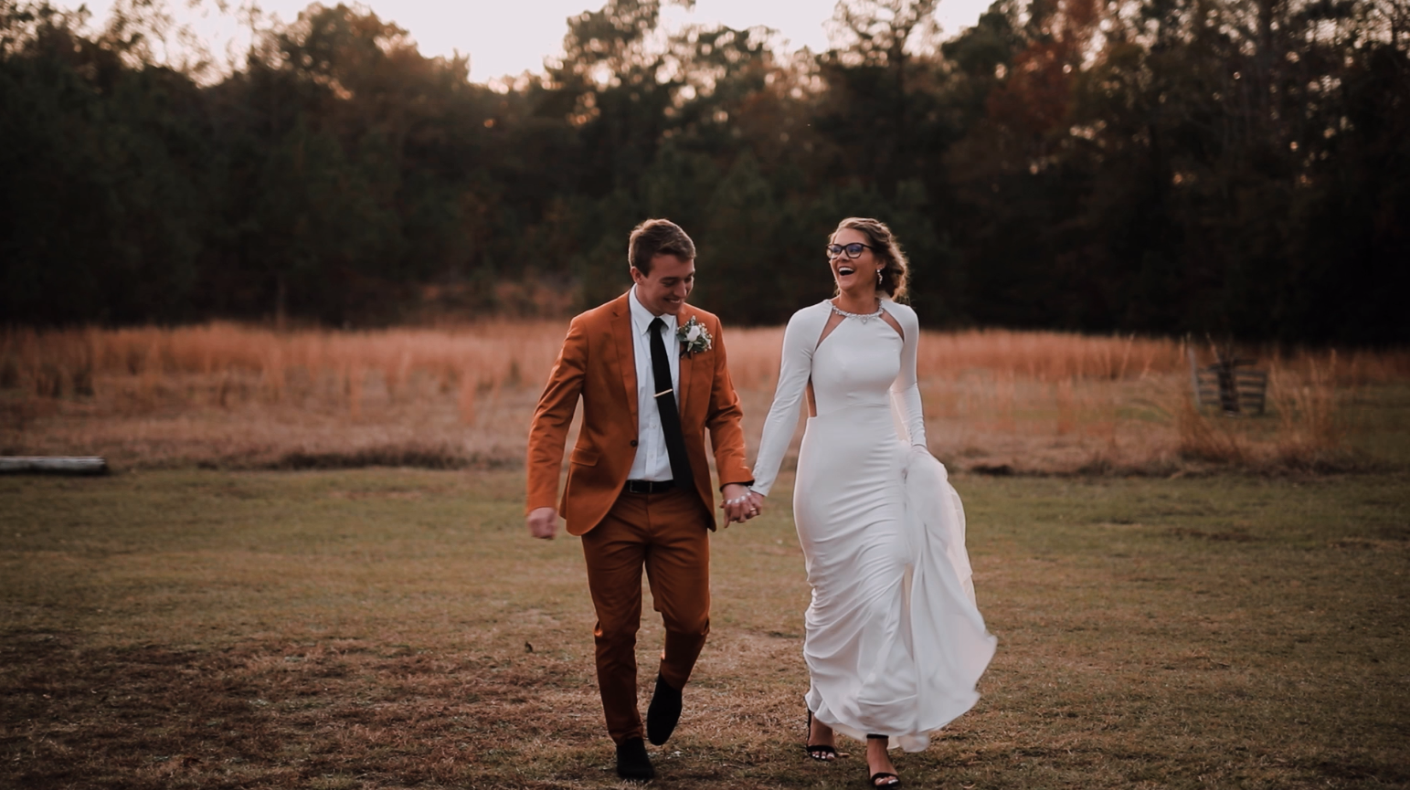 Hannah + Ryan | Timmonsville, South Carolina | The Cabin at Old Spur