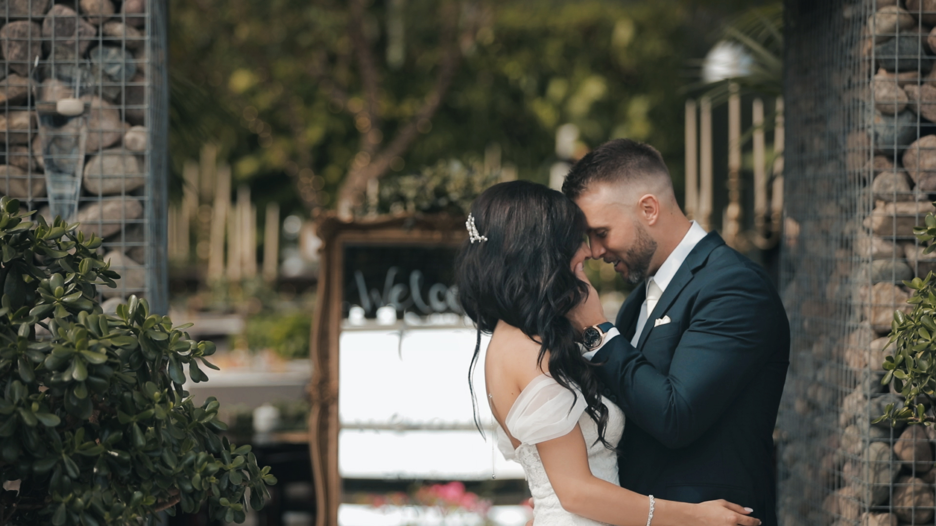 Emily + Jordan | West Bloomfield Township, Michigan | Planterra Conservatory, West Bloomfield Township
