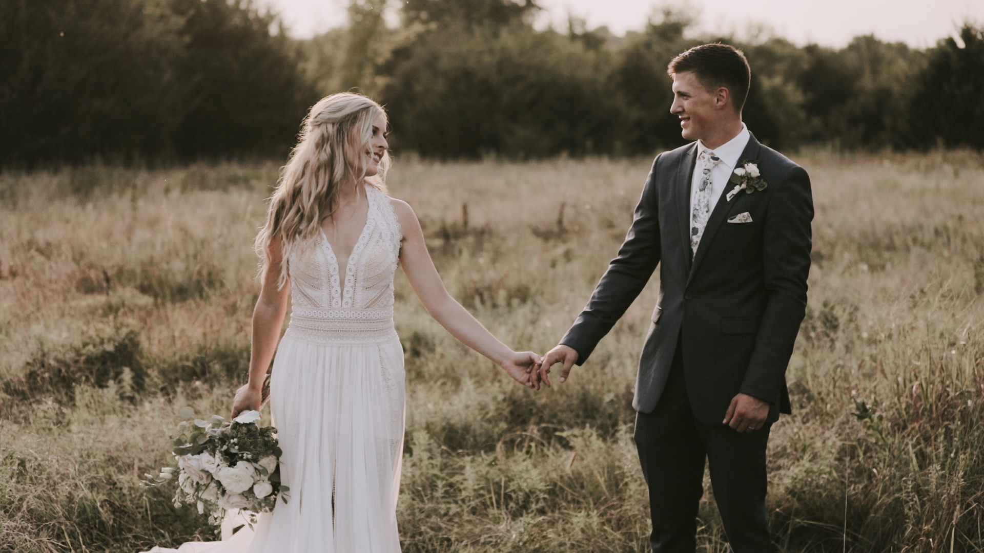 Lexi  + Chantz | Augusta, Kansas | Stone Hill Barn