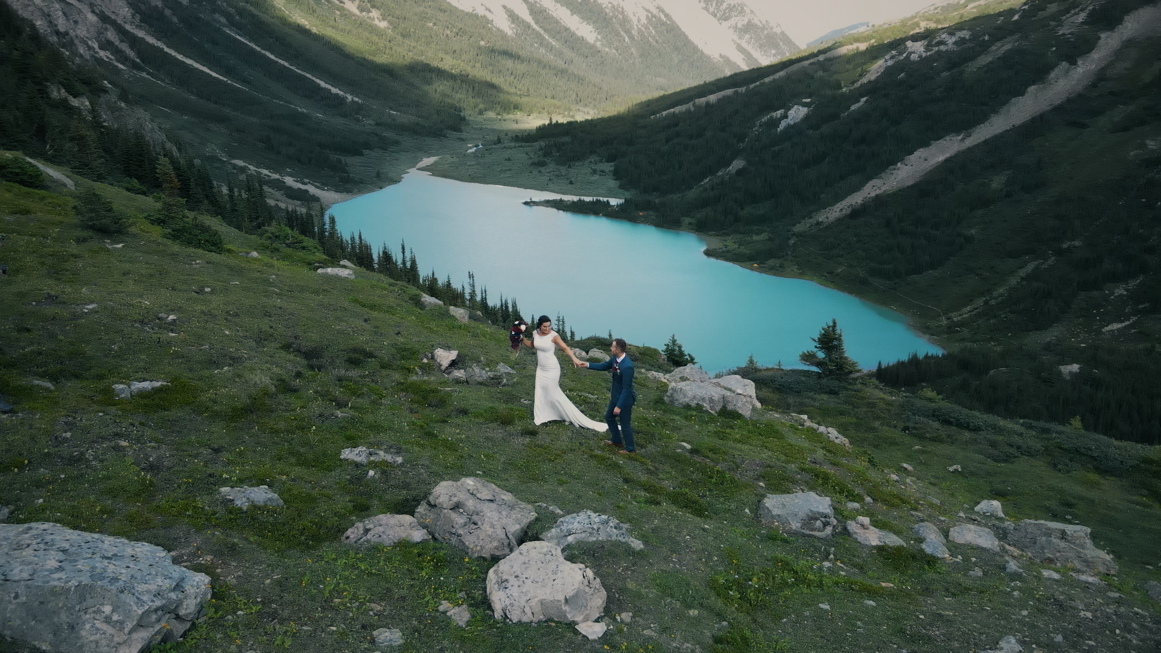 Aidan + Janelle   Nordegg, Canada   Big Horn Cabin