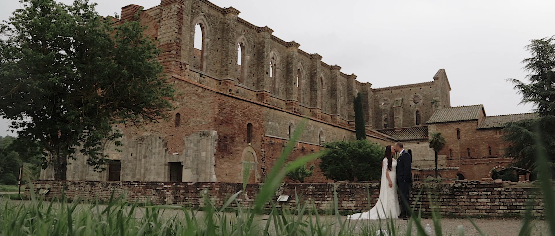 Alicia + Cory | Florence, Italy | Abbey of San Galgano, Florence