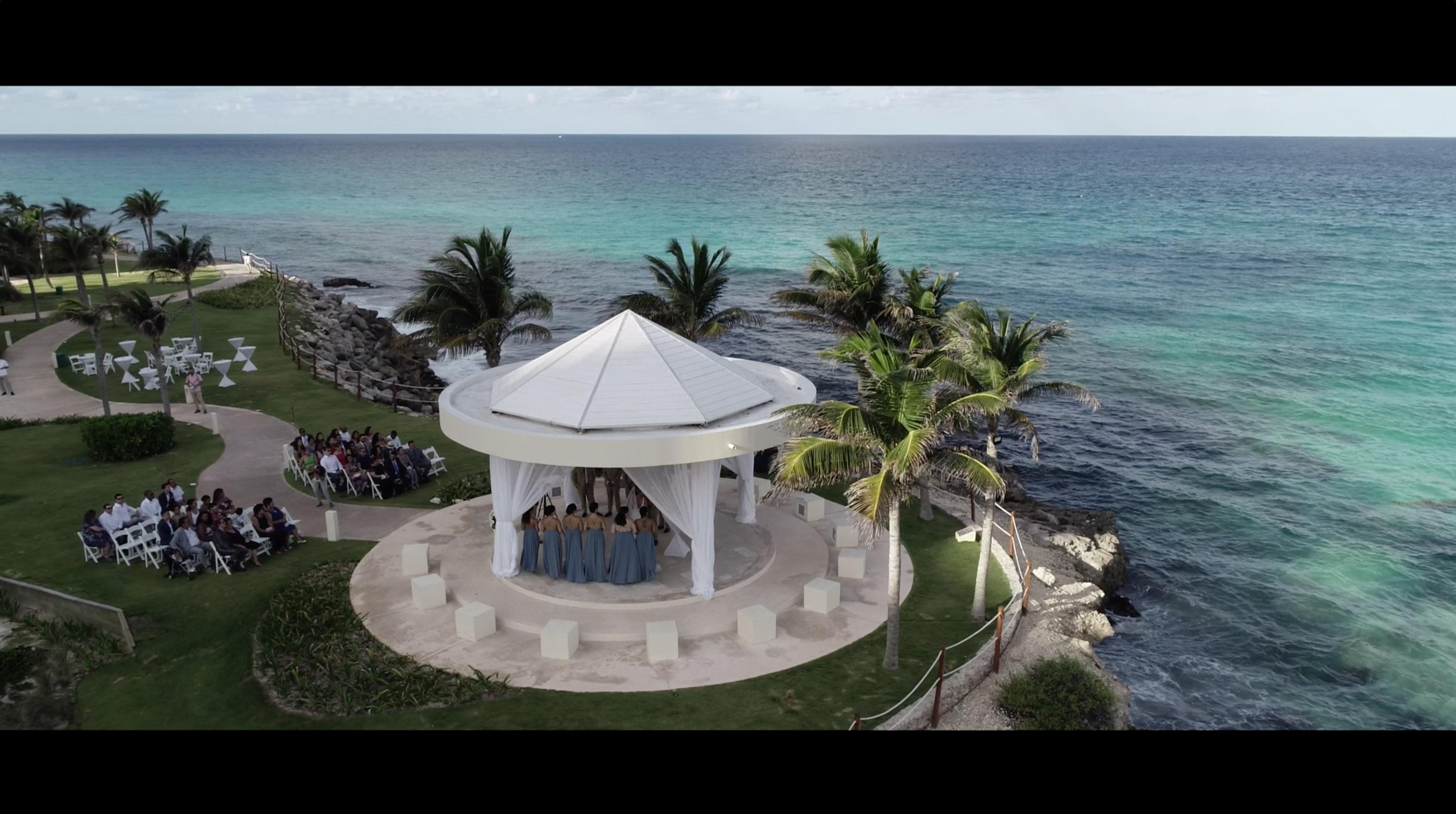 Jadira + Ronald | Cancún, Mexico | Hyatt Ziva