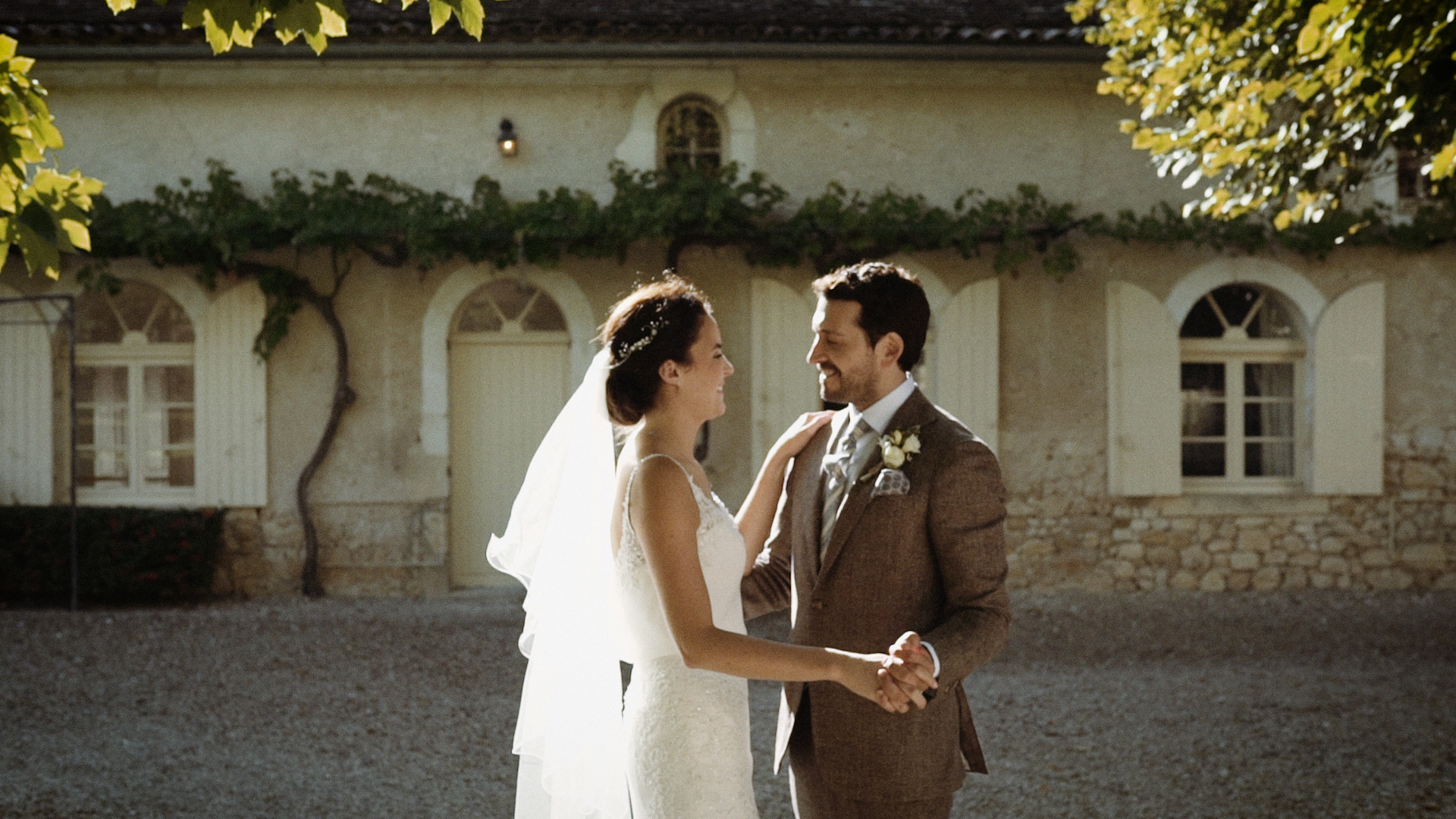 Jade + William | Soulac-sur-Mer, France | Chateau Soulac