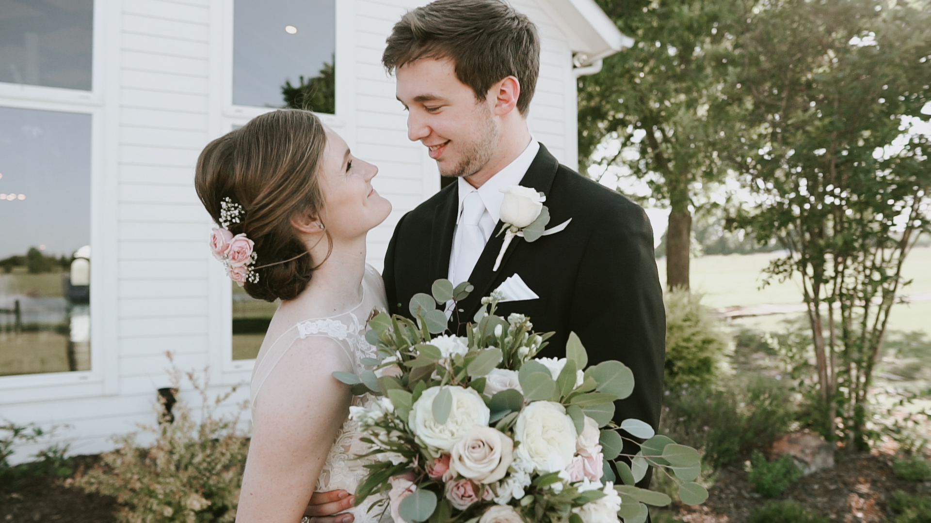 Madi + Zach | Van Alstyne, Texas | Rustic Grace Estate