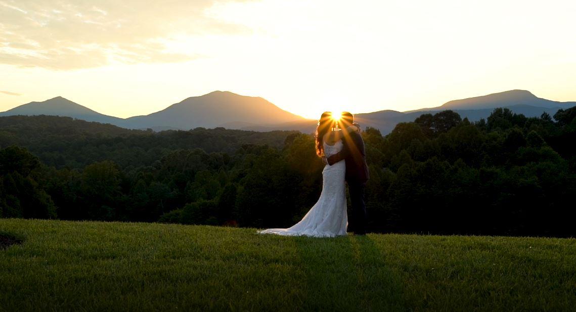 Laura + Tyler | Goode, Virginia | Glass Hill Venue
