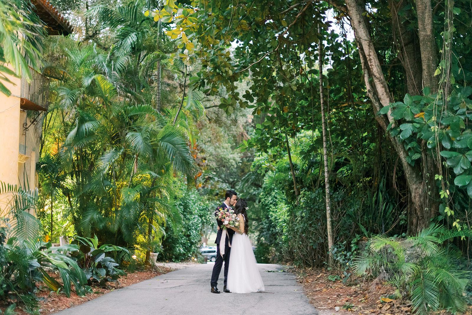 Courtney + Bryan | Cutler Bay, Florida | Villa Woodbine