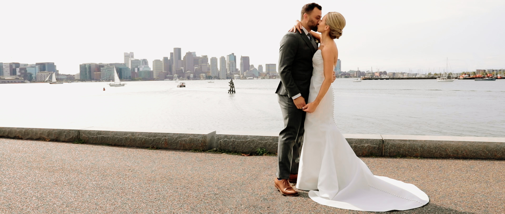 Christina + Joe | Boston, Massachusetts | Hyatt Regency Harborside Boston