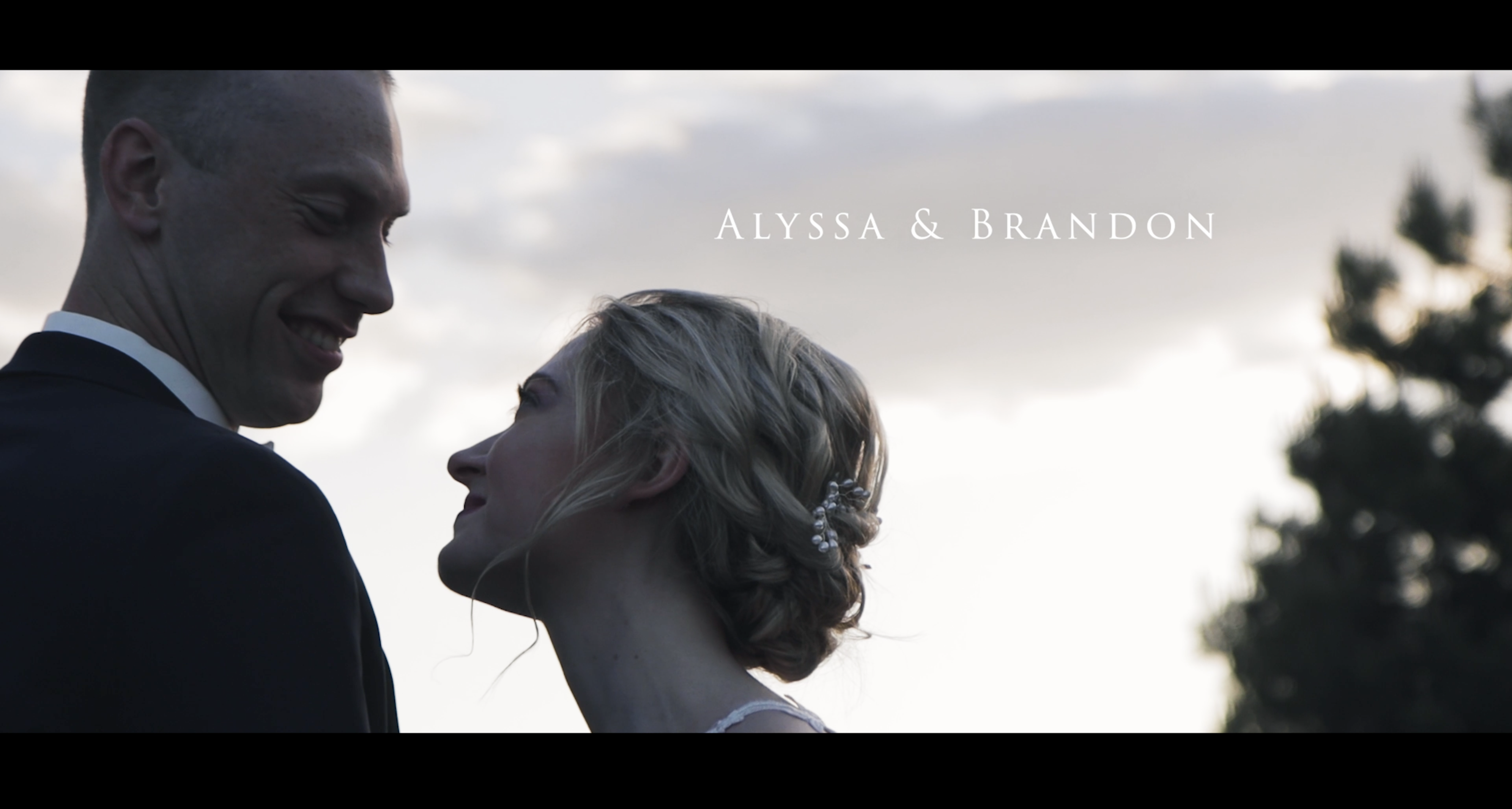 Alyssa + Brandon | Delavan, Wisconsin | Lake House