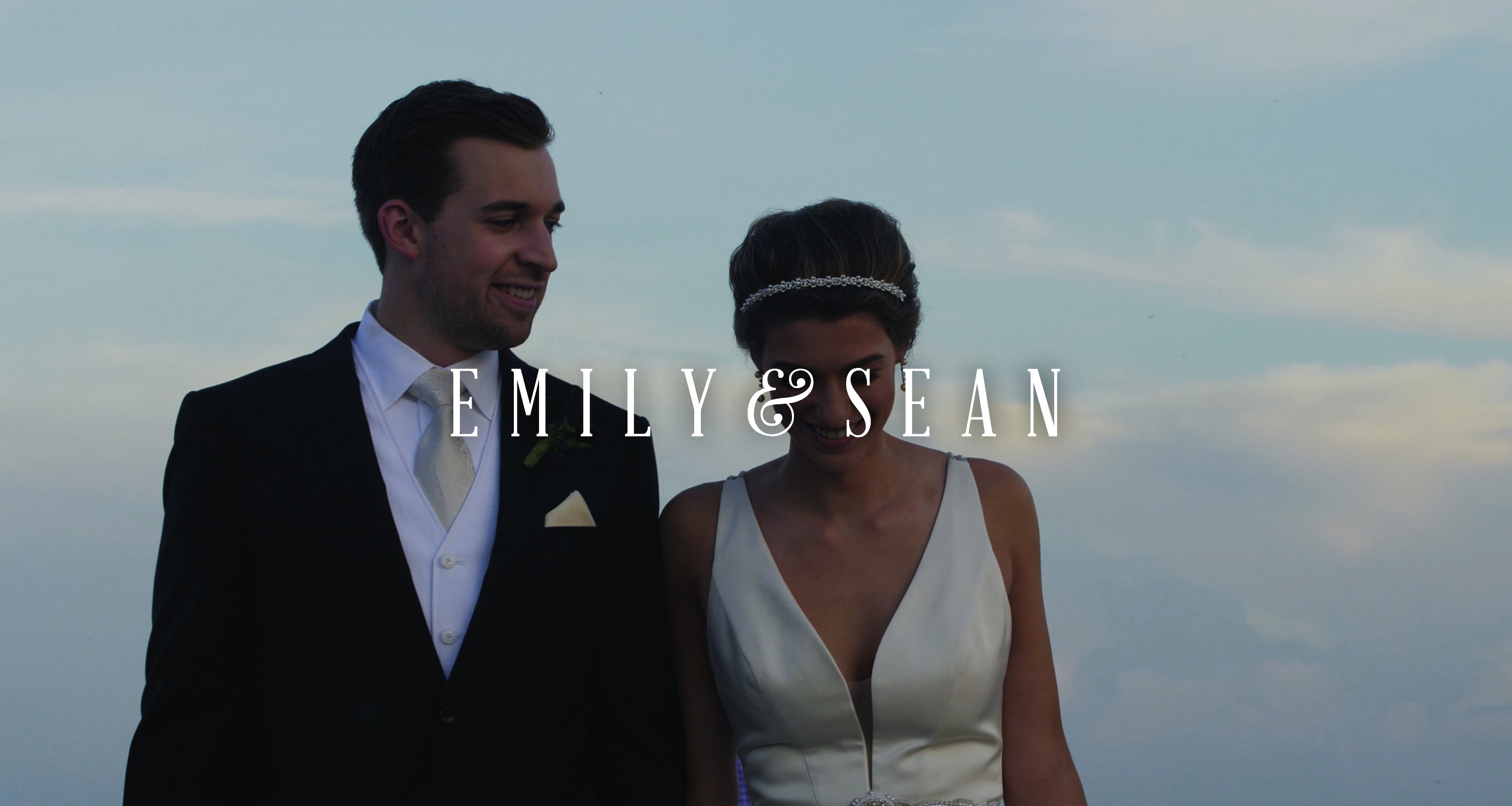 Emily + Sean | Milwaukee, Wisconsin | Discovery World, Milwaukee