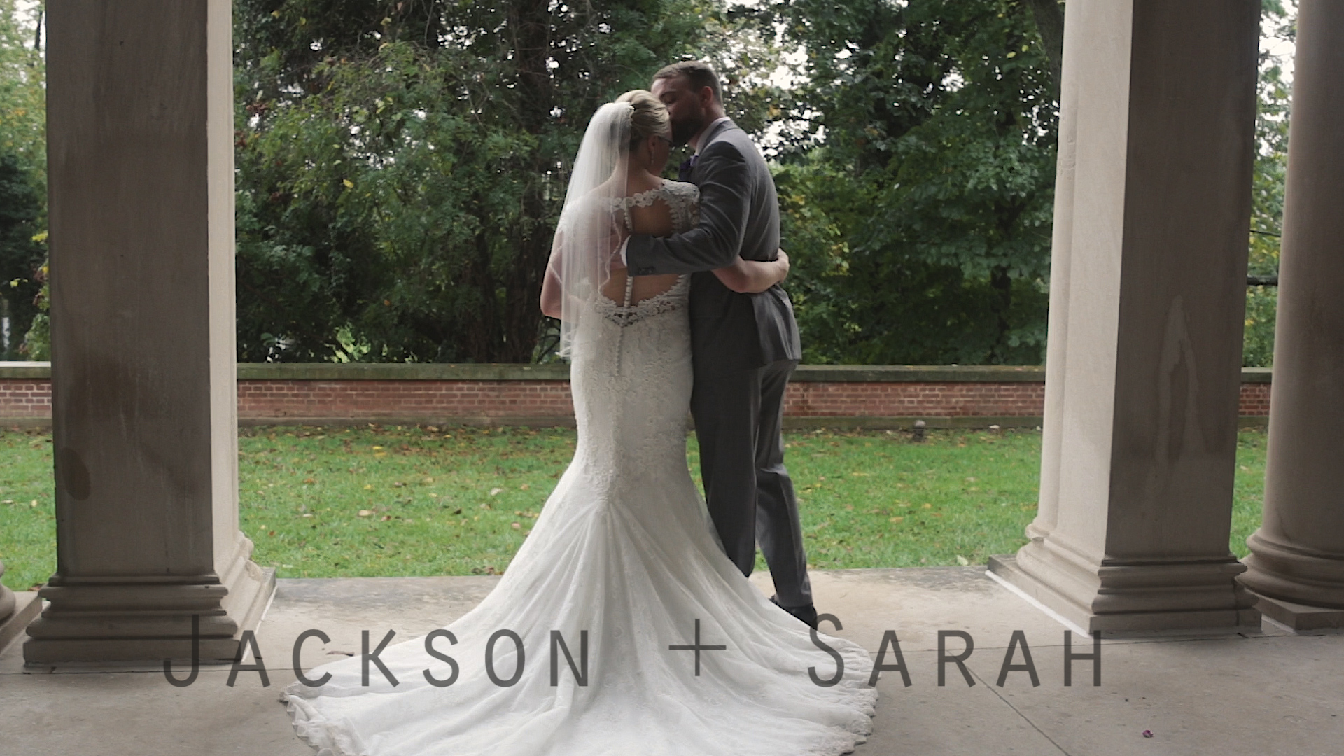 Jackson + Sarah | Louisville, Kentucky | Garden Court at Louisville Seminary