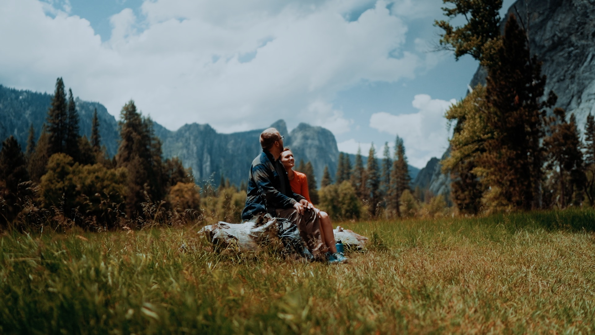 Julie + Josh | Yosemite Valley, California | yosemite bug
